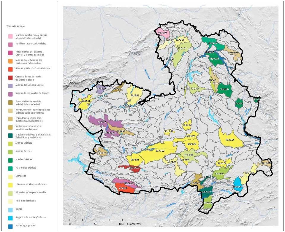 El mapa recoge la delimitación de las 250 unidades de paisaje identificadas. Figuran coloreadas las 50 de las que se han preparado fichas; el color responde al tipo de paisaje en que se encuadra cada una