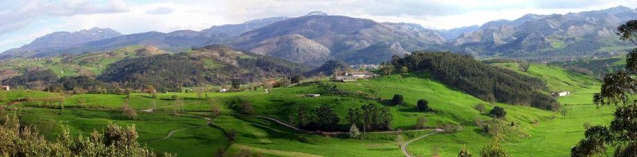 Panorámica de la Cordillera Cantábrica desde Santa Marina (Entrambasaguas). CC BY-SA 2.5 Jesús Gómez Fernández
